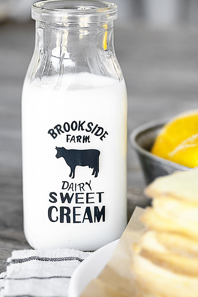 Sweet Farmhouse Milk Bottle -- great to use for those afternoon snacks, especially the ones that include cookies. livelaughrowe.com