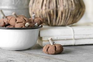 Little Cinnamon Pumpkins | Cinnamon Applesauce Recipe