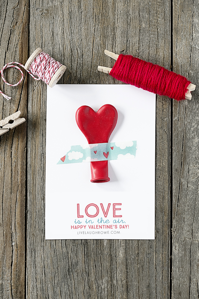 "ADORABLE ""Love is in the air"" printable balloon valentines -- great for class parties and more! Print yours at livelaughrowe.com"
