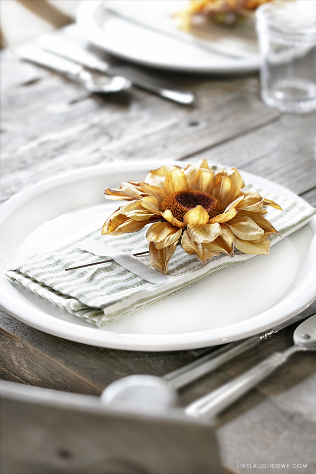 Sunflower Stem Place Setting