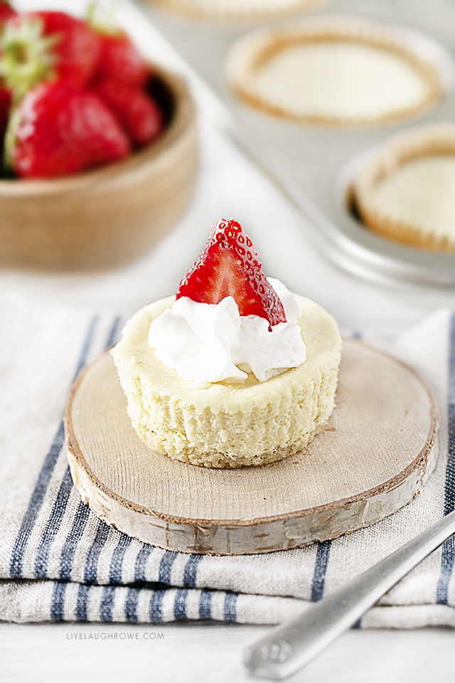 Keto Cheesecake with Sliced Strawberry