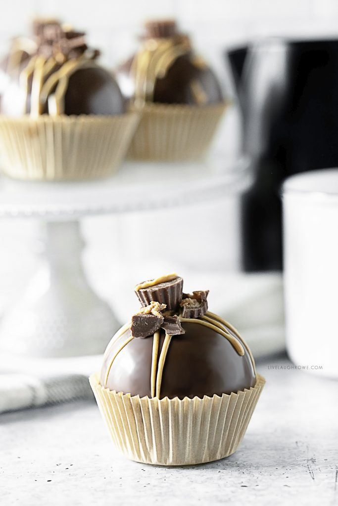 Peanut Butter Cocoa Bombs